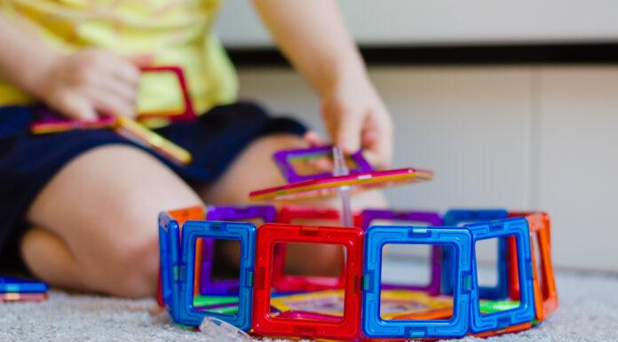 czy klocki magnetyczne, są odpowiednie dla maluchów?